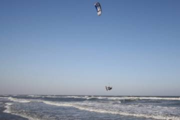Try Parachute Surfing on Your Next Charleston Vacation image